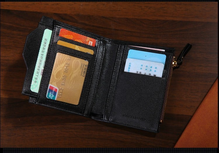 Inside the Bogesi Wallet