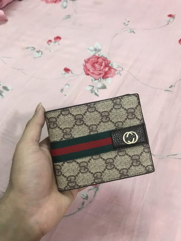 Real Picture of the C-2052 Mens Wallet